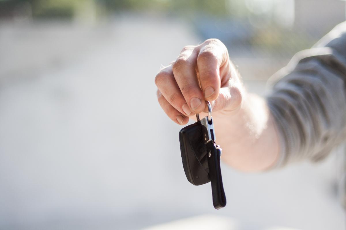 Leihvertrag – Auto verliehen – wer hat haftet?