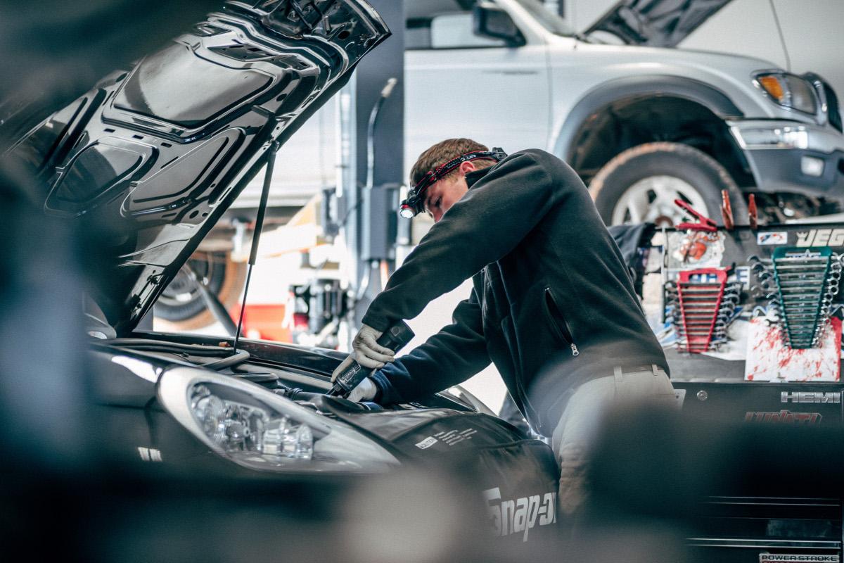 Werkstatteigenes Fahrzeug: Sind alle Reparaturkosten erstattungsfähig?